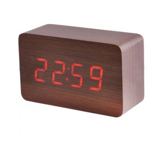 Часы в виде деревянного бруска