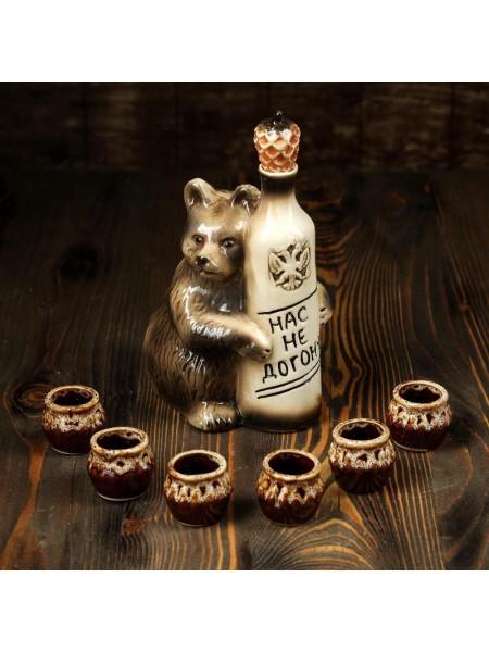 Штоф Медведь с рюмками