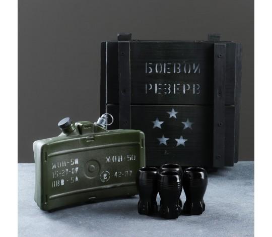 Штоф Мина МОН-50 в ящике с рюмками