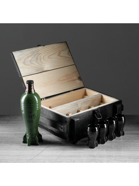 Штоф Мина в ящике с рюмками